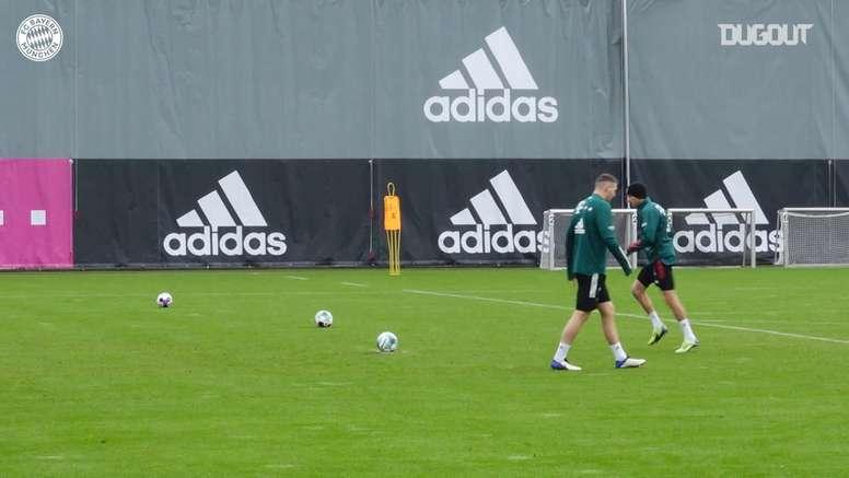 Lewandowski y un entrenamiento entretenido. DUGOUT