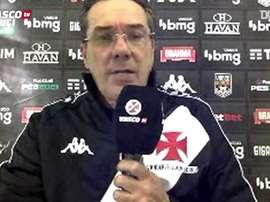 Vanderlei Luxemburgo falou com a imprensa após sofrer goleada por 4 a 1. DUGOUT