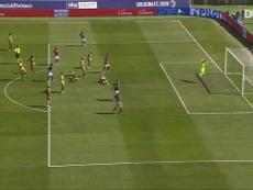 La rete di Santander contro l'Udinese. Dugout