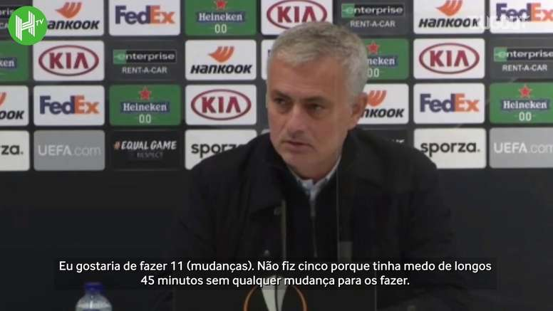 Mourinho concedeu entrevista coletiva e demonstrou sua insatisfação com derrota. DUGOUT