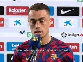 Sergiño Dest valoró su debut con el FC Barcelona. DUGOUT