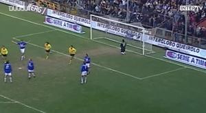 La superbe tête de Vieri contre la Sampdoria. DUGOUT
