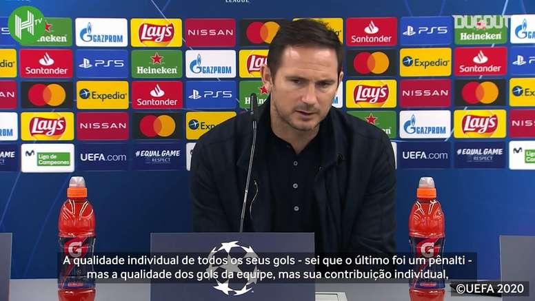 Chelsea goleou o Sevilla na Espanha por 4 a 0, com quatro gols de Olivier Giroud. DUGOUT