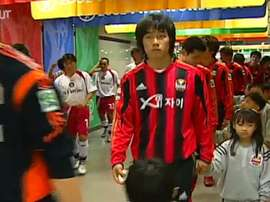 Park Chu-young is an amazing striker for FC Seoul. DUGOUT
