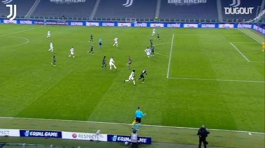 La Juventus vince contro il Ferencvaros. Dugout