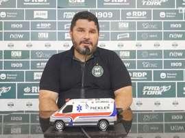Técnico do Coxa lamenta desfalques e espera reforços contra Bahia. DUGOUT