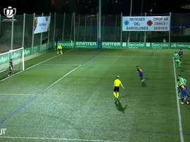 Goleiro do Cornella é o 1º a defender dois pênaltis em um mesmo jogo contra o Barça. DUGOUT
