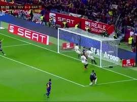 Le dernier but d'Iniesta avec Barcelone. DUGOUT