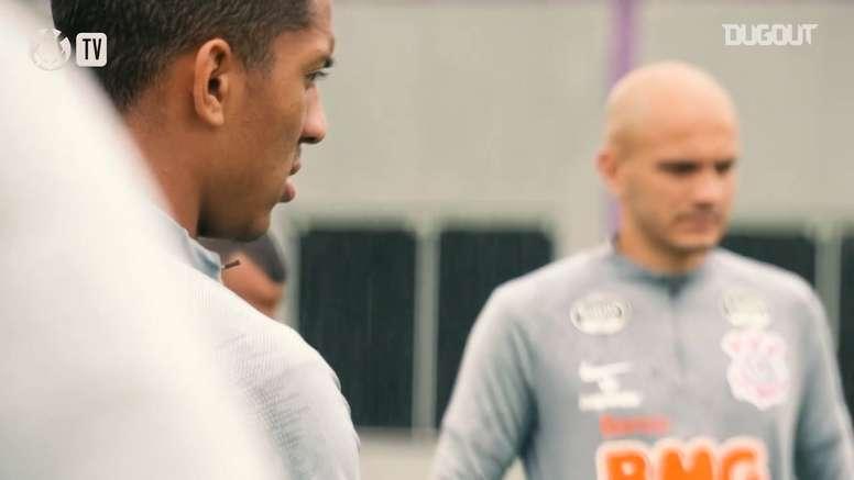 Otero comemora retorno e Fábio Santos fala de sequência no Corinthians. DUGOUT
