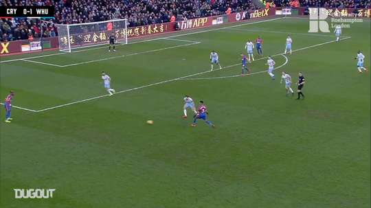 Zaha scores from tight angle vs West Ham. DUGOUT