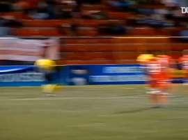 Espectacular golpeo de Gregorio Torres. DUGOUT