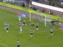 Defesas incríveis de Buffon contra o Napoli. DUGOUT