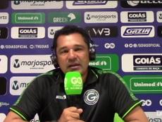 Glauber Ramos, técnico do Goiás, concedeu entrevista após clássico. DUGOUT