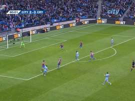 Yaya Toure finishes off counter-attack vs Crystal Palace. DUGOUT