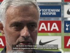 José Mourinho concedeu entrevista após a estreia do Tottenham com derrota na Premier. DUGOUT