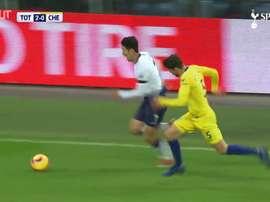 Son faz golaço pelo Tottenham contra o Chelsea. DUGOUT