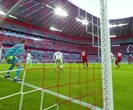 Manuel Neuer vive sua décima temporada no Bayern de Munique. DUGOUT