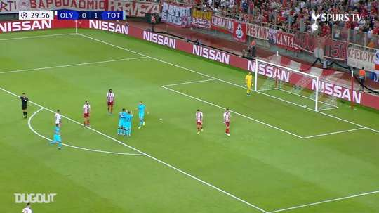 Le superbe but de Lucas contre l'Olympiakos. DUGOUT
