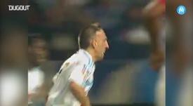 Golaço de Ribery sobre Barthez pelo Olympique de Marseille. DUGOUT