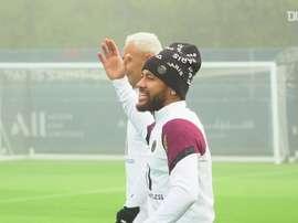 Neymar treina para decisão contra o Manchester United. DUGOUT