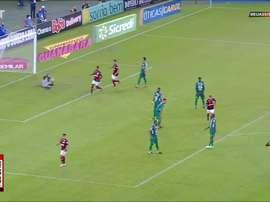 Gerson marcou o segundo gol do Flamengo contra o Boavista. DUGOUT