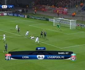 Le but de Lisandro Lopez contre Liverpool. DUGOUT