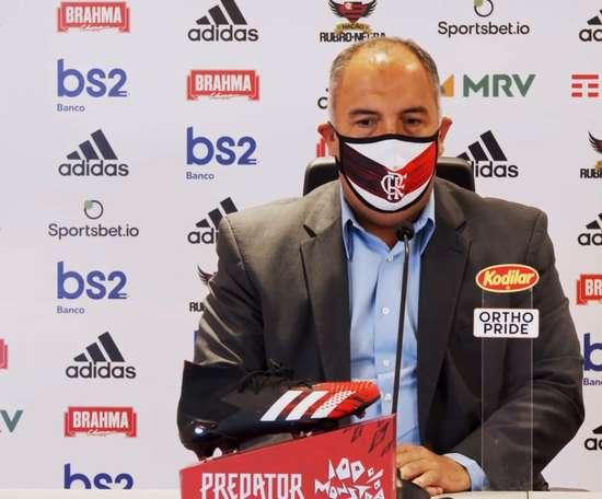 Goleiro e camisa 10 do Flamengo estão envolvidos em conversas de renovação. DUGOUT