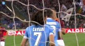 Cavani marcou 104 gols em sua passagem pelo Napoli. DUGOUT
