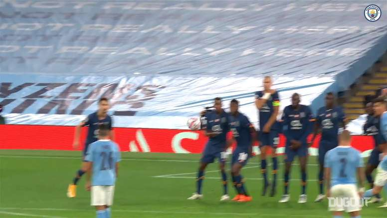 Gündoğan hits sensational free-kick to down FC Porto. DUGOUT