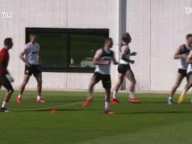 Valencia começou a treinar em grupos de até dez jogadores. DUGOUT