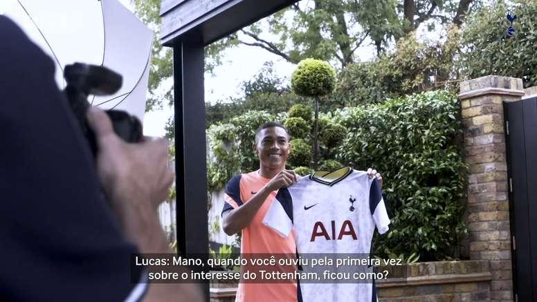 Carlos Vinicius vive sua primeira temporada no Tottenham. DUGOUT