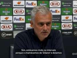 Mourinho concedeu entrevista após vitória pela Europa League. DUGOUT