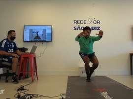 Alguns jogadores ainda realizam testes físicos, enquanto outros já trabalham com bola. DUGOUT
