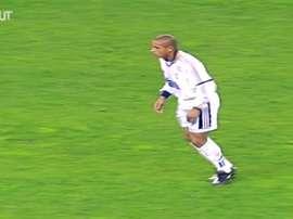 Le meilleur de Roberto Carlos au Real Madrid. DUGOUT
