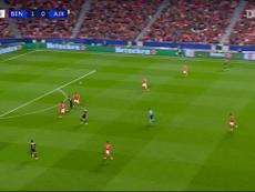 Dusan Tadic, un seguro de vida para el Ajax. DUGOUT