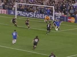 Frank Lampard marcou golaço contra o Bayern em jogo da Liga dos Campeões de 2005. DUGOUT