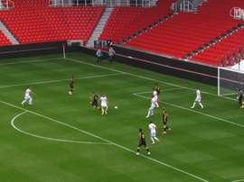 El Leeds United perdió 3-0. DUGOUT