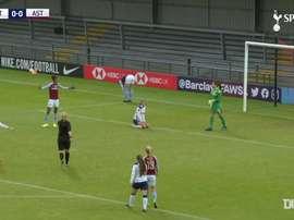 VIDÉO: Le deuxième but d'Alex Morgan à Tottenham. Dugout