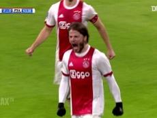 Il gran gol di Schöne contro il PSV. Dugout