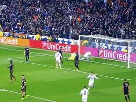 Benzema, gran goleador en el juego aéreo. DUGOUT