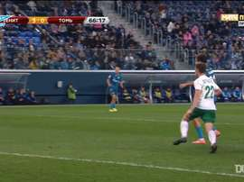 Zenit St Petersburg are fantastic at scoring from corners. DUGOUT
