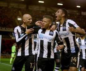 El Stoke City podría haberse interesado por Gayle y Ritchie. AFP