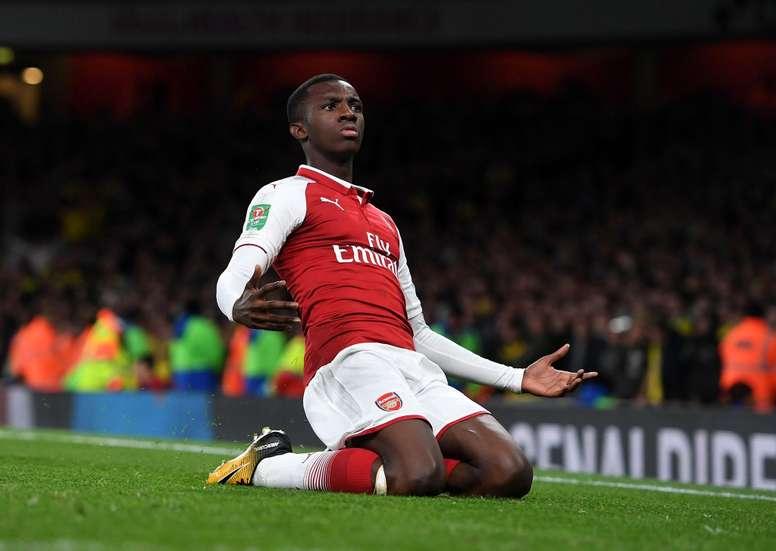 eddie-nketiah-celebrates-his-two-goal-sa