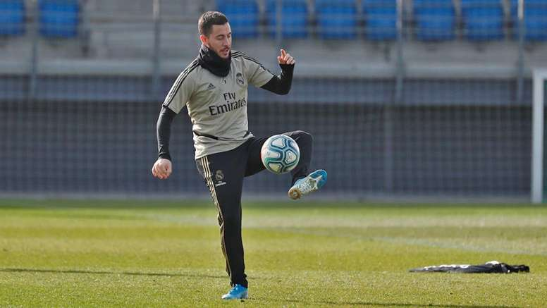 Hazard could make the derby. Twitter/RealMadrid