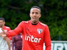 Eder Militao durant un entraîneur avec Sao Paulo. Twitter/SaoPauloFC_esp