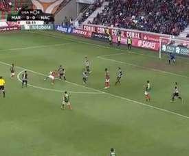 Edgar Costa anota un gran tanto de media chilena con el Marítimo. YouTube