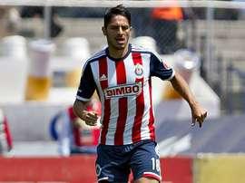 El lateral mexicano firmó por una temporada con el club valenciano. OntinyentCF