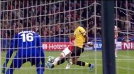 Edson Álvarez anotó su segundo gol en Champions en dos partidos. Captura/beINSports