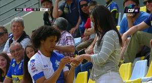 Eduard Bello proposed to his girlfriend. ECDF
