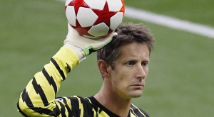 Edwin van der Sar made the right decision to come out of retirement. VV Noordwijk FC